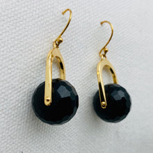 Gumdrop Earring, Black