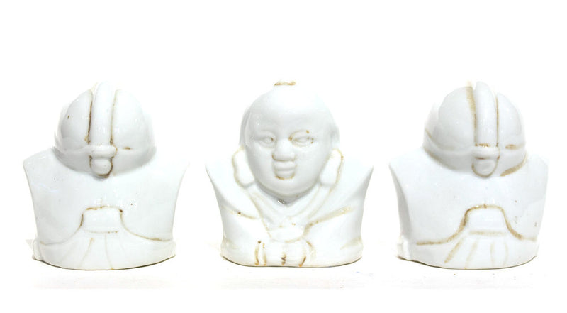 products/FA-fukusuke-doll-small-white-125_02_f6b683fd-395d-4629-8bd4-95b9f28ce773.jpg