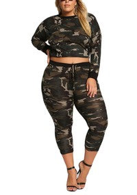 New Plus 2-Piece Leaf Print Crop Top and Pants Set