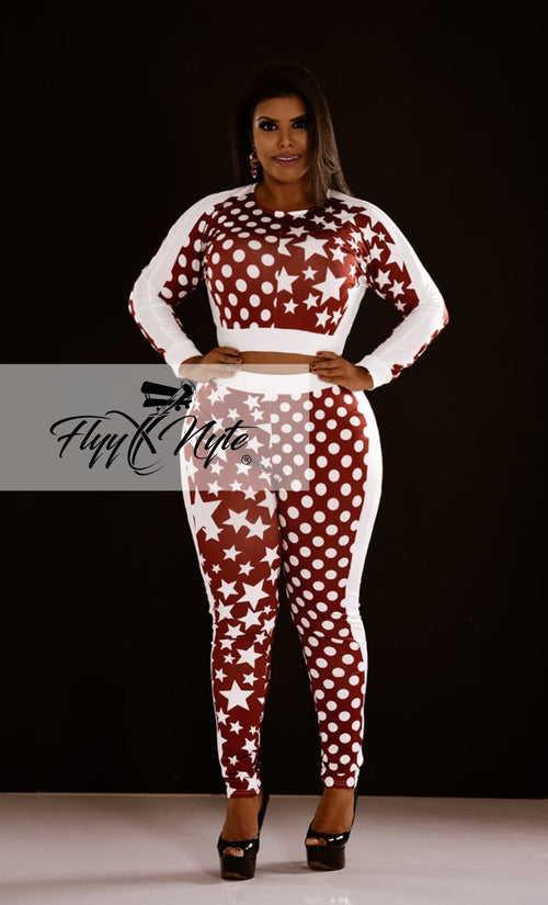 Plus Size 2-Piece Crop Top and Pants Set in Wine and White Stars Print