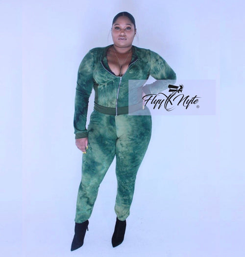 New Plus Size 2-Piece Tie Dye Set in Green