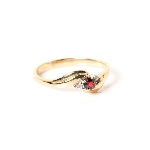 10K Yellow Gold with Diamonds and Rubi 0.02ctw Engagement Ring