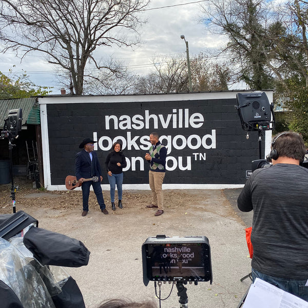 TODAY SHOW filming in front of nashville looks good on you mural in nashville 12 south. al roker sheinelle jones craig mevlin