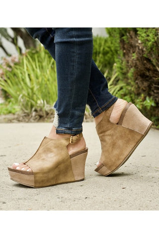 Laura Wedges