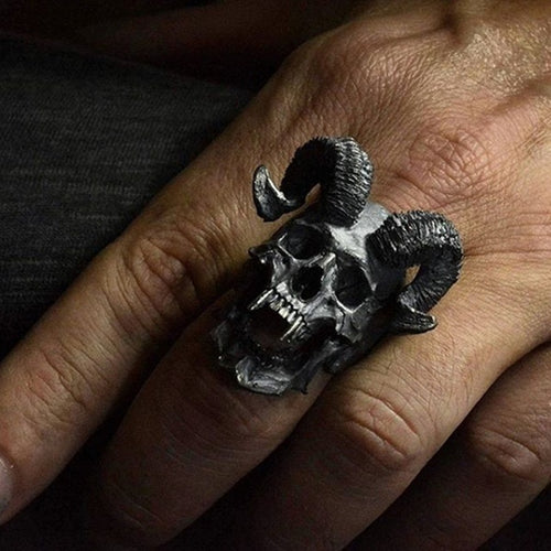 Men's Vintage Style Ram Skull Ring