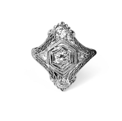 Antique Edwardian Platinum & Diamond Filigree Ring