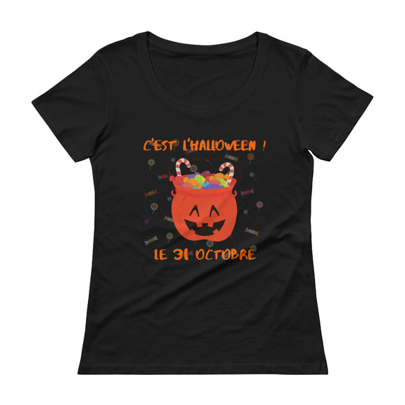 Halloween Candy LADIES' Scoopneck T-Shirt