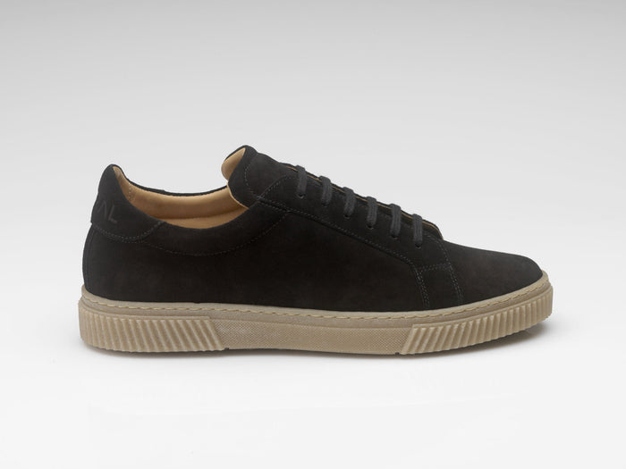 Natural rubber black goral sneakers