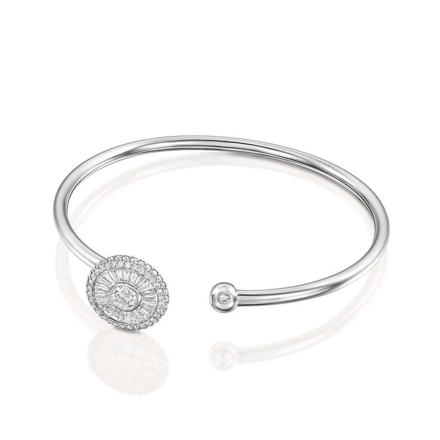 Gentle Sun shape Diamond Bangle set with 94 sparkling brilliant cut diamonds, 1.91 ct. | 18K White gold. Beautiful flexible bangle bracelet.
