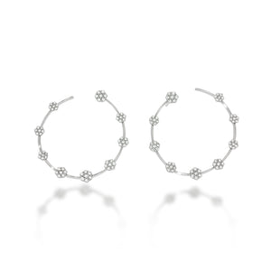 Diamonds flowers hoop earrings | decorated by 18 beautiful flowers set with 1.22ct round diamonds in 18K white gold | weddings earrings.