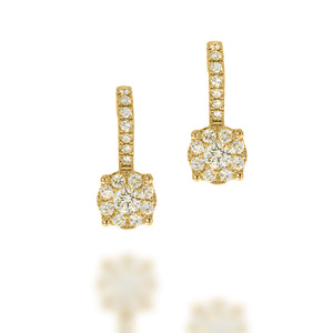 Drop Earrings set with total of 0.52 Round diamonds in Y gold, 2 round diamonds in center and 30 smaller diamond | Stunning wedding earrings