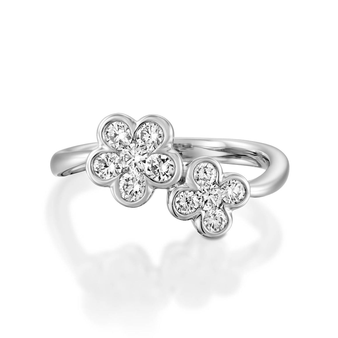18k White gold double diamond flower ring