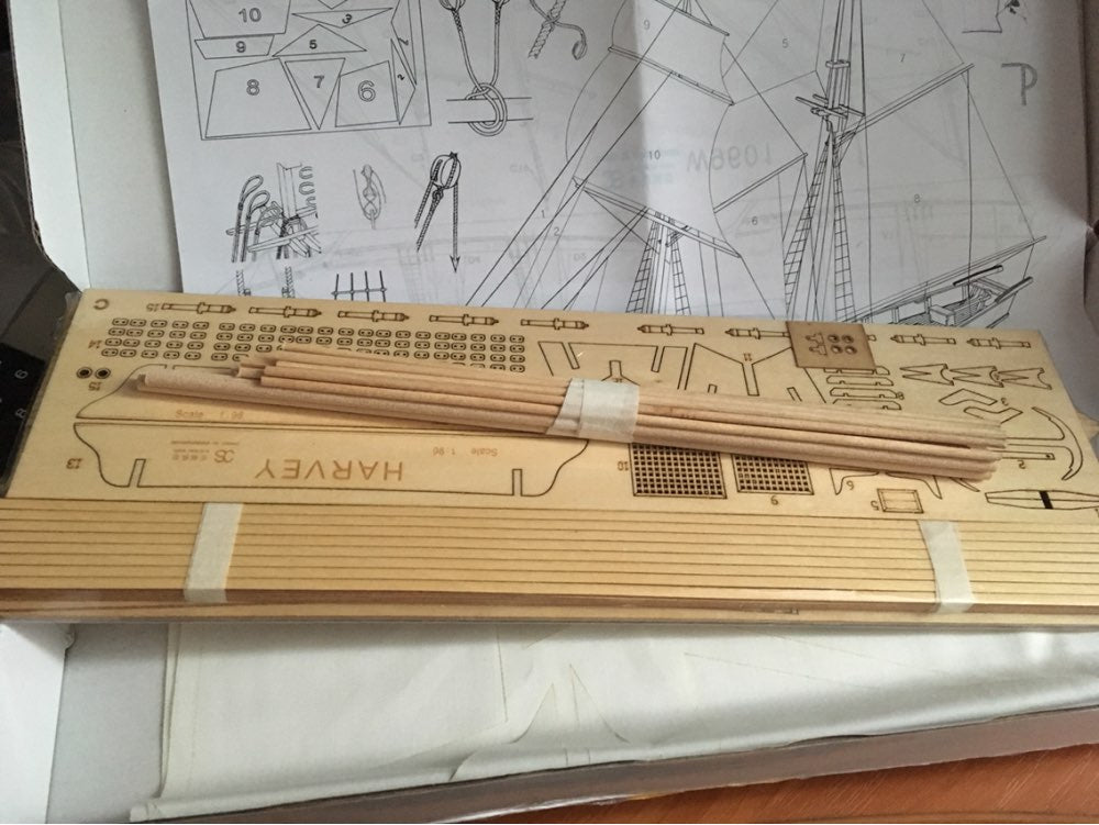 Scale 1/96 Classics Antique wooden sail boat
