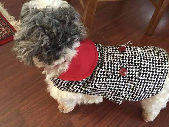 Dog Coat in houndstooth and crimson. - DogSmart.ie