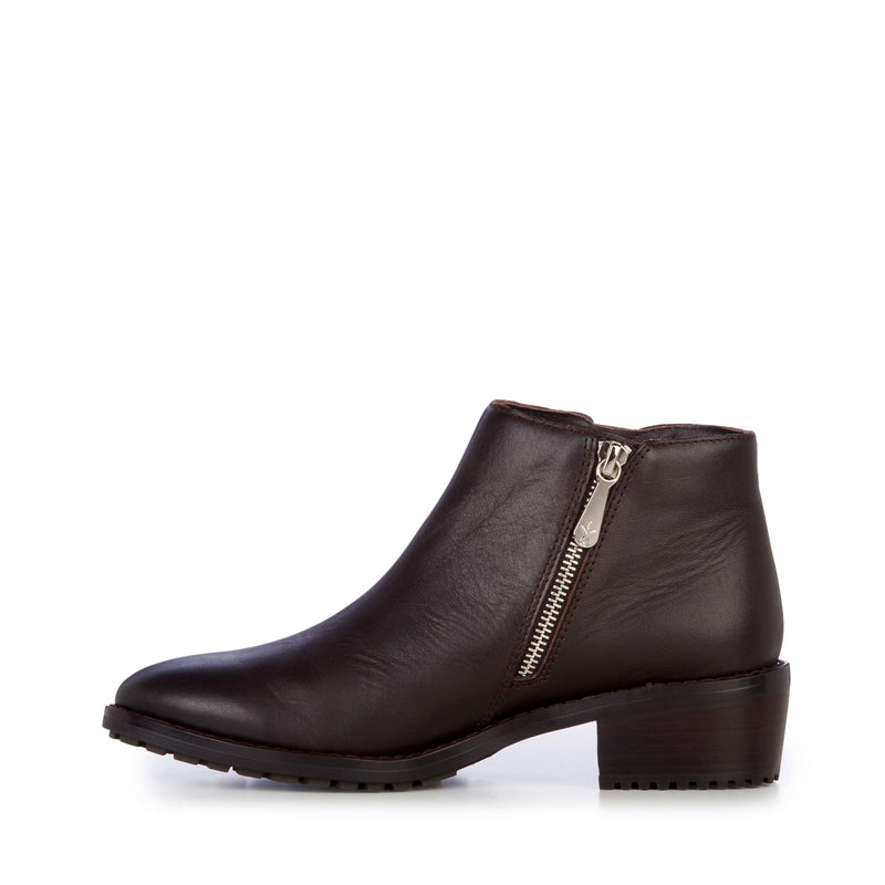 EMU Acton Leather Boot - Chocolate