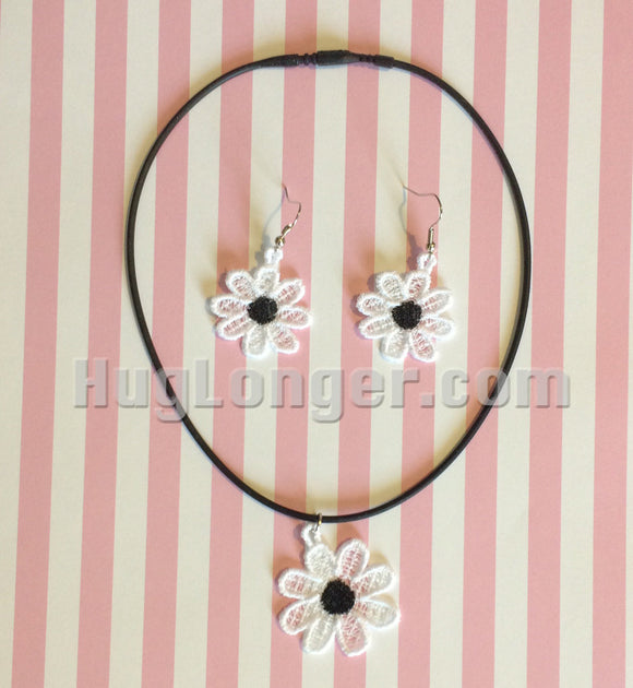 Free Standing Lace Daisy Jewelry