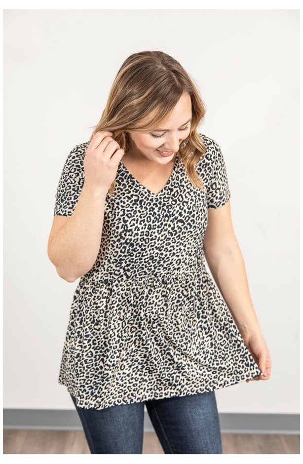 Classic Ruffle V-Neck - Leopard (Ready to Ship) (4719607054425)