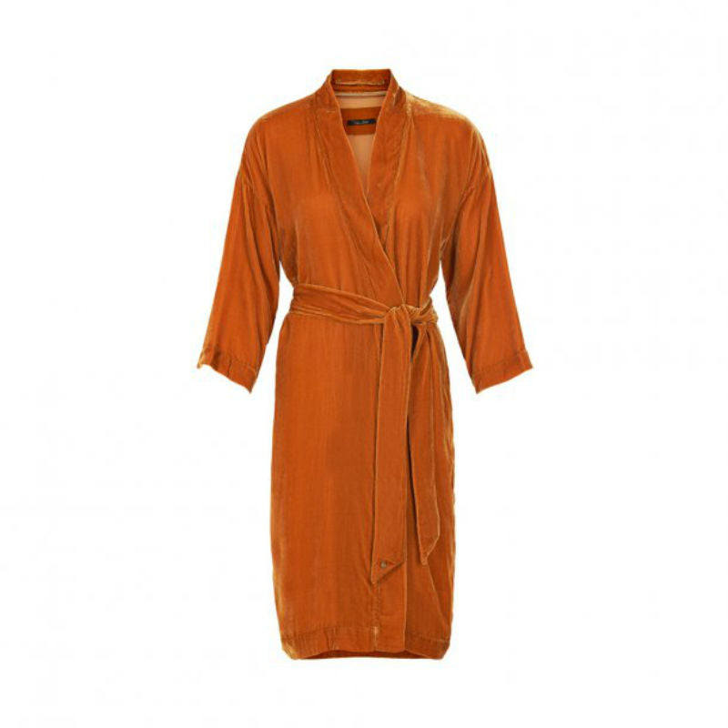 Cayenne coloured silk velvet kimono worn closed with included belt.
