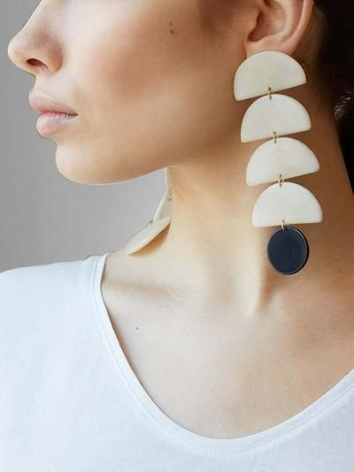 Hectar Earrings | Black & White