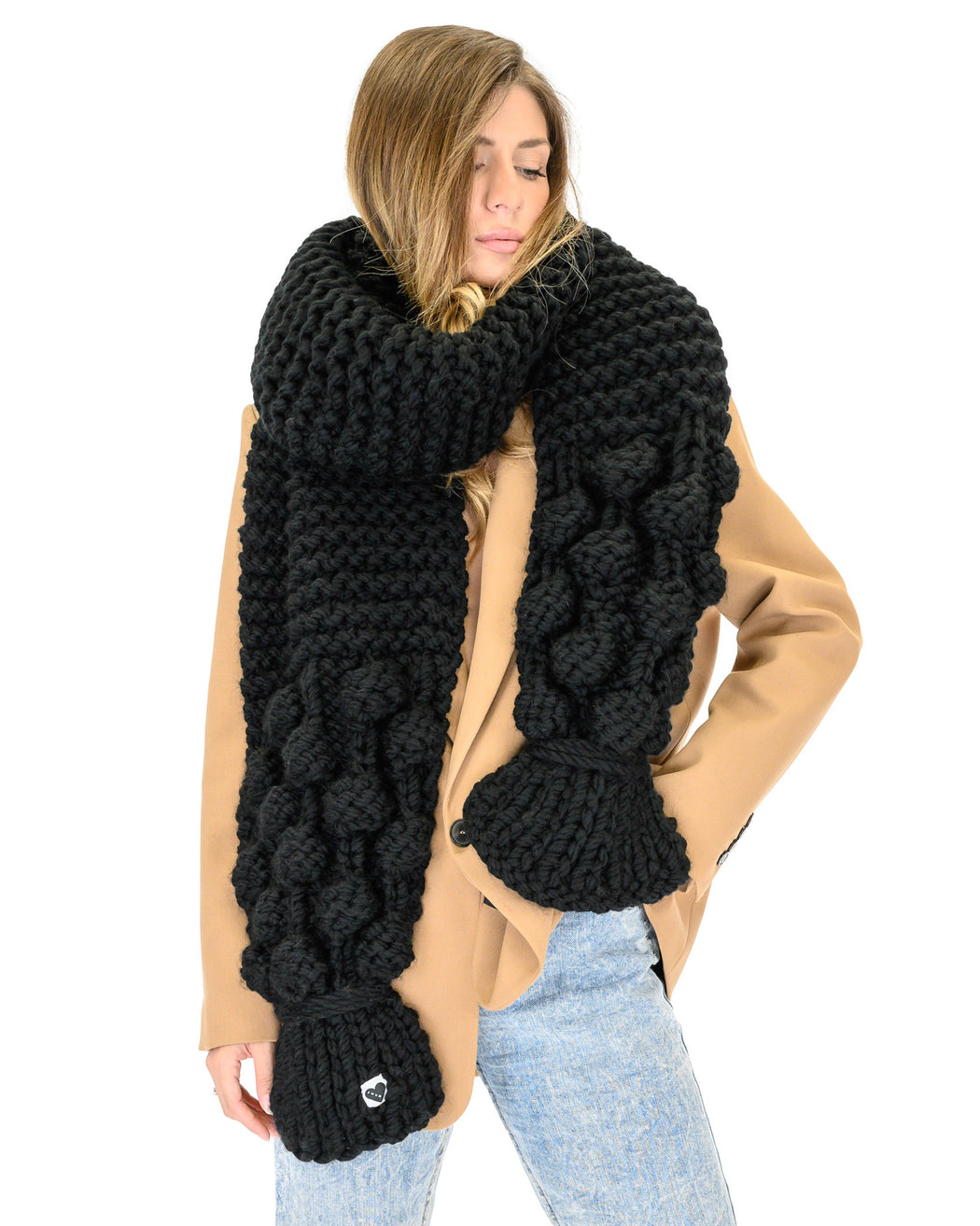 Bubble Ribbed Scarf | Black