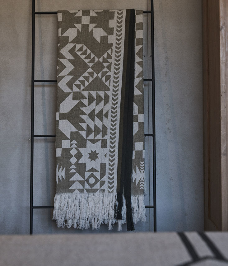 Cotton Jacquard throw inspired by quilts of a by gone era