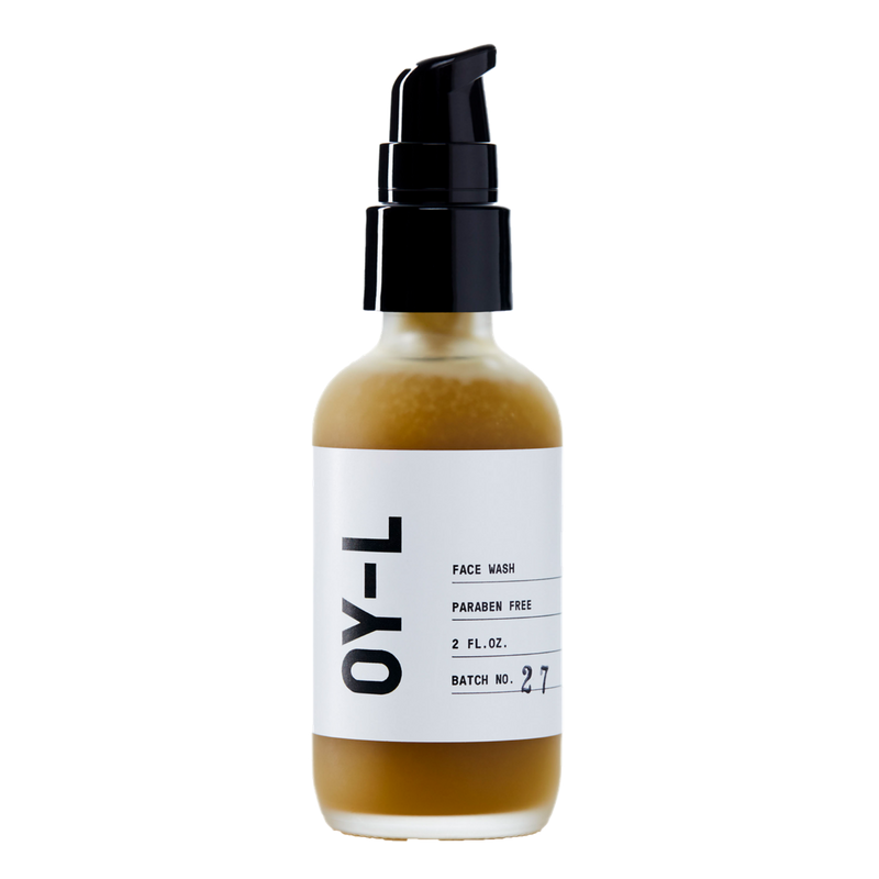 Enriched with the anti-inflammatory and anti-microbial healing properties of manuka honey, OY-L face wash is made for daily use