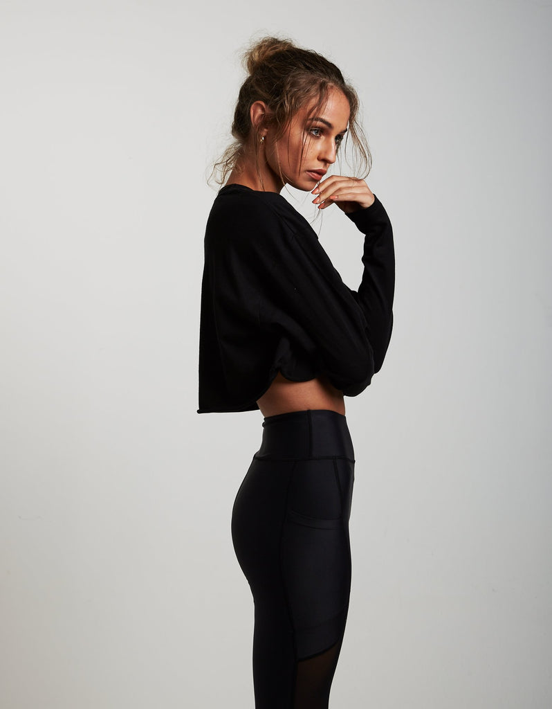 Wing It Black Over sized cropped Tee