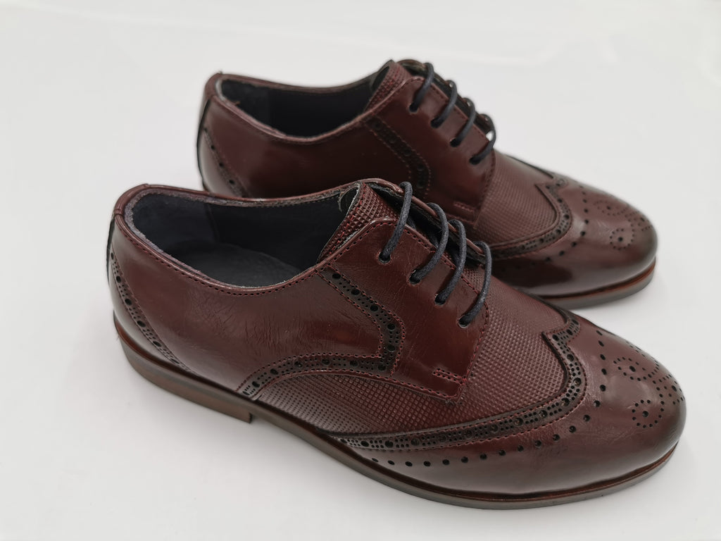 Wine Brogue George Boys shoe by Benetti