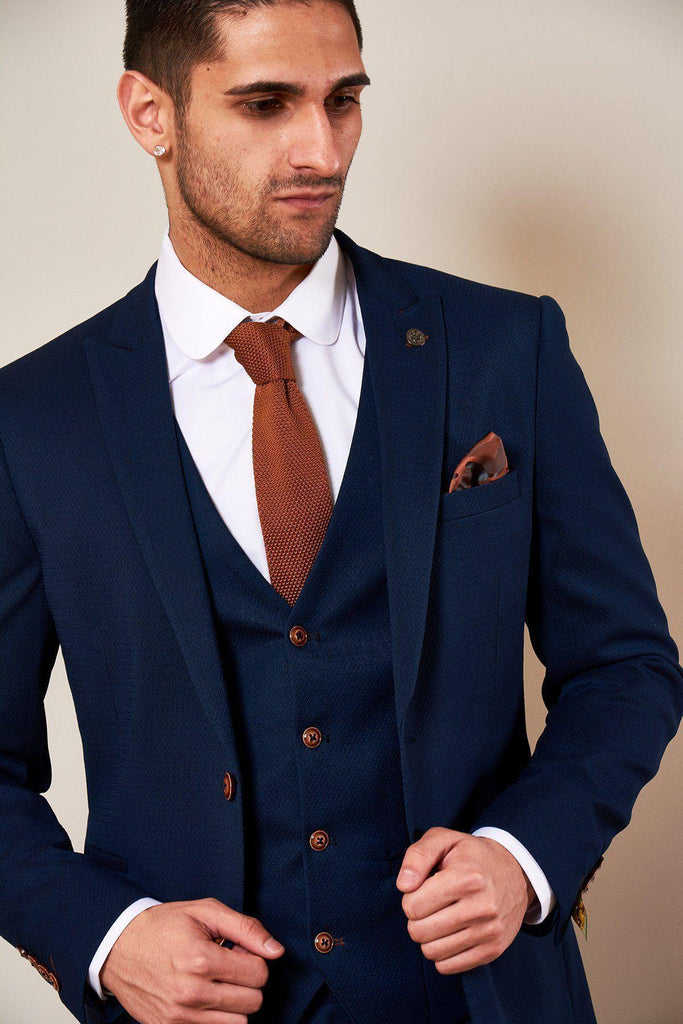 Max Royal 3 Piece Suit