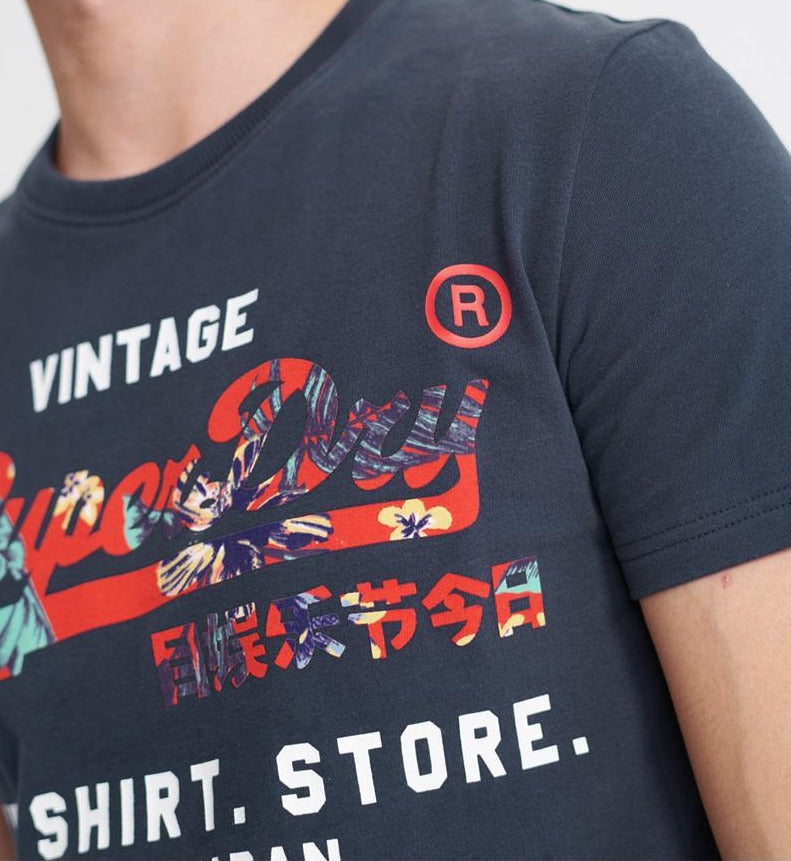 Vintage logo infill t-shirt store tee