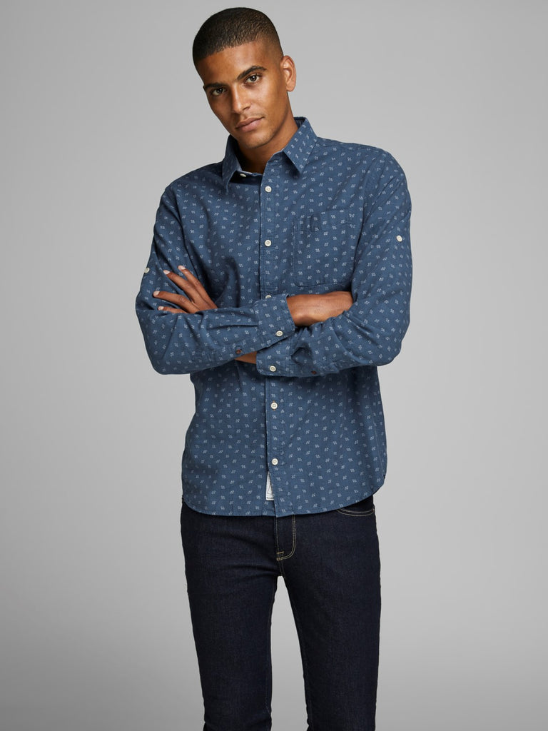Wesley One Pocket Vintage Indigo Long Sleeve Shirt