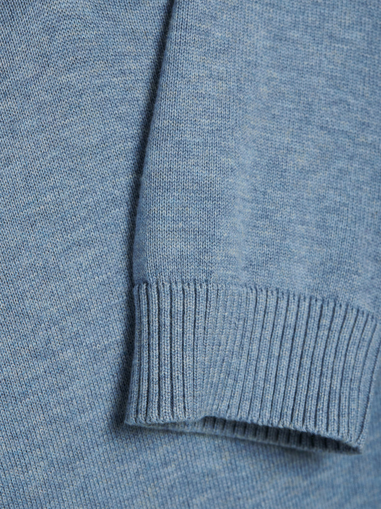 Lucas V Neck Knit By Jack Jones Premium