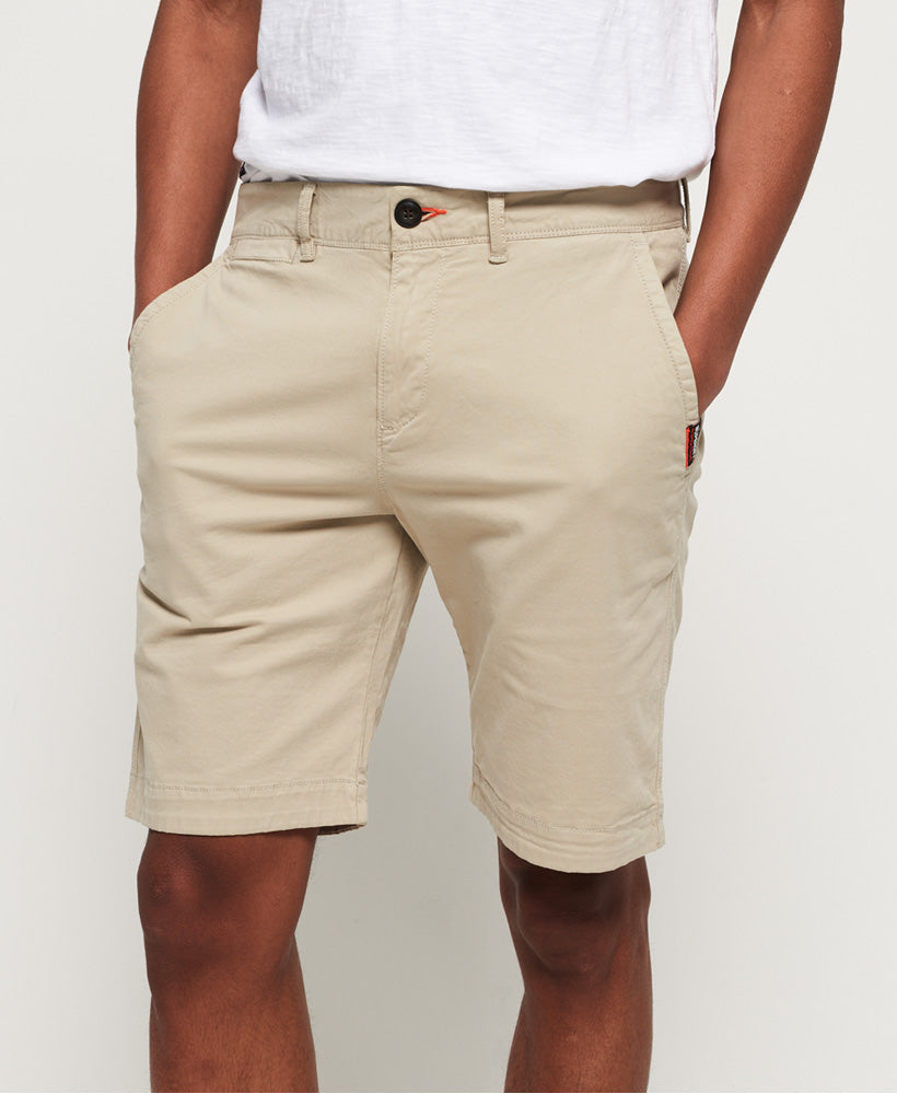 International slim sand dollar chino lite shorts. M71013KT@Q2X