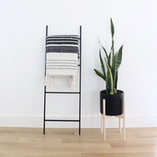 Metal Blanket Ladder - 4 ft