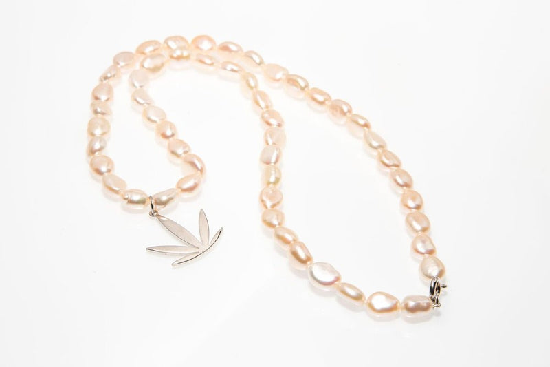 Pearl Necklace Sterling Silver 18 mm Pendant