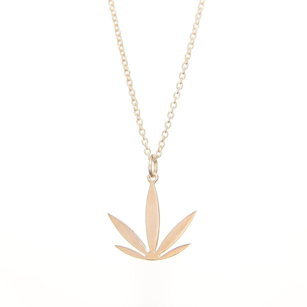 14kt Yellow Gold Modern Leaf Pendant