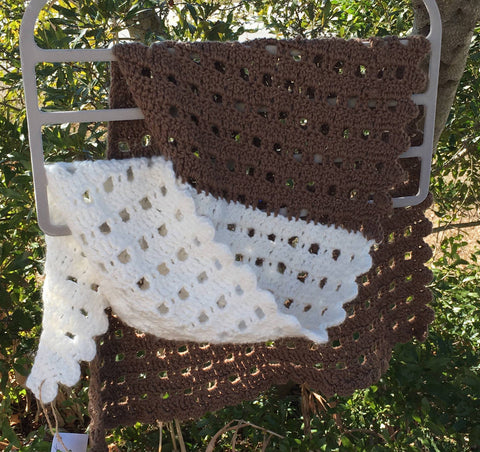 Brown and White Sideways Pebble Shawl