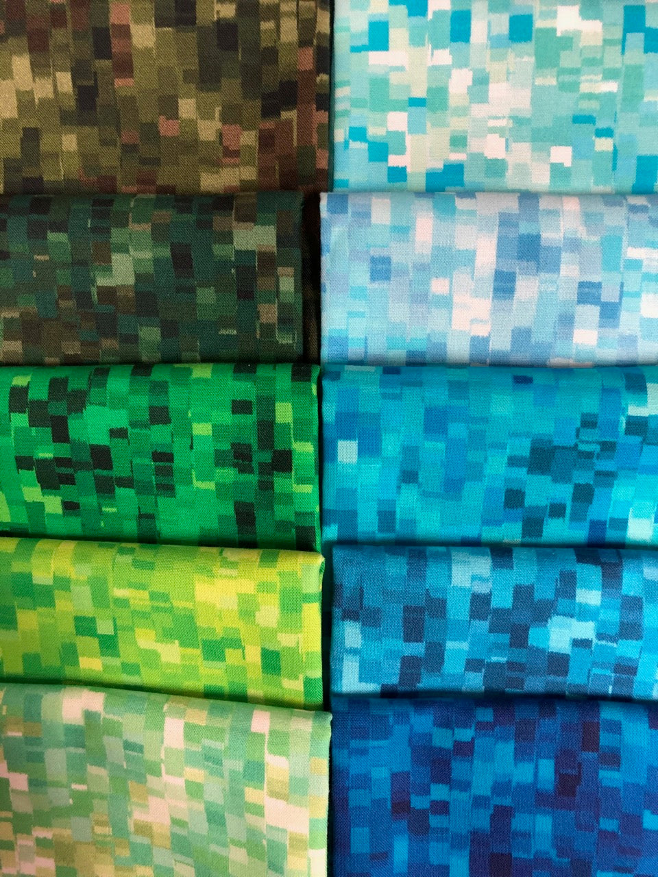 OMBRE SQUARES Cool 10 fat quarters