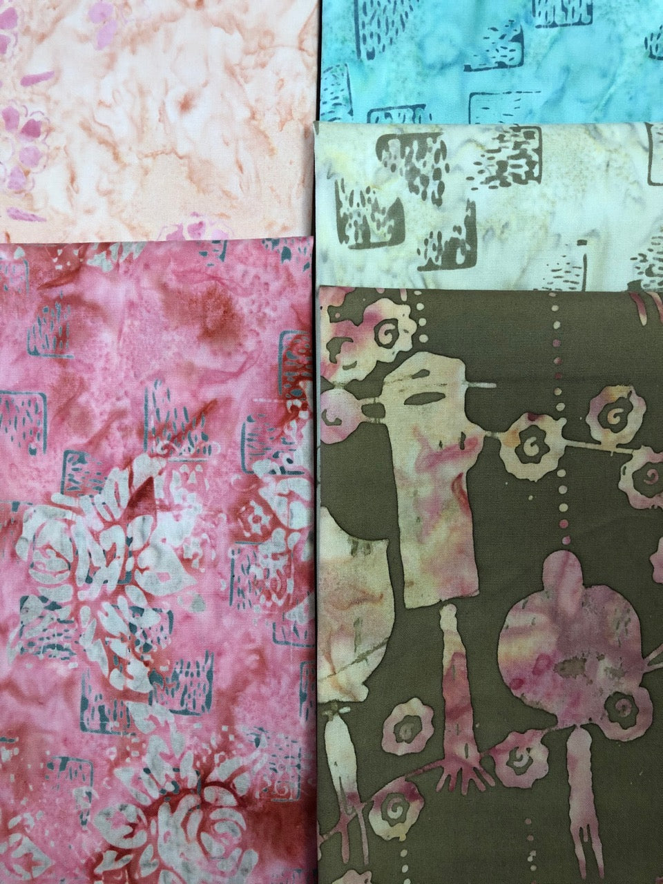 PATIO Peony 5 fat quarters