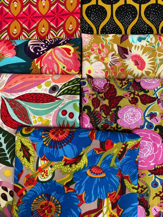 VIBRANT BLOOMS Brilliant 7 fat quarters