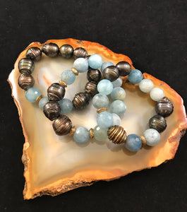 Aquamarine and Taupe Pearl Stretch Bracelet