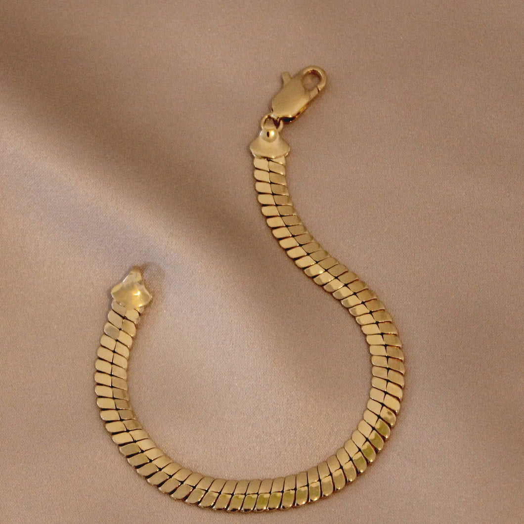 HERRINGBONE CHAIN BRACELET - 14K GOLD PLATED