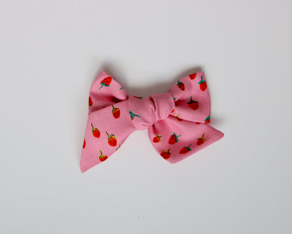 Pink Strawberry Fields Lola Bow