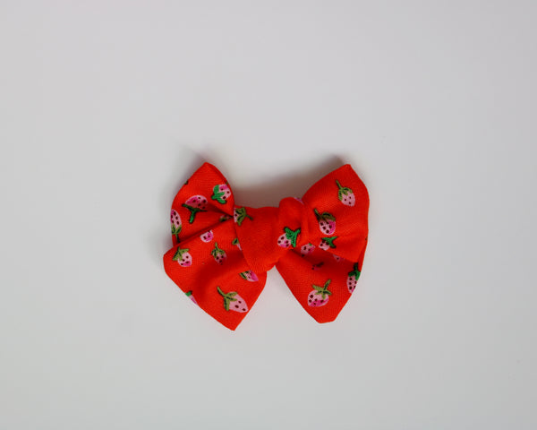 Red Strawberry Fields Chunky Bow