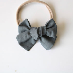 Light Gray Chunky Bow