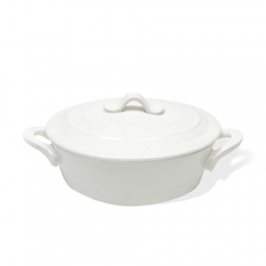 MW Porcelain Covered Oval Casserole