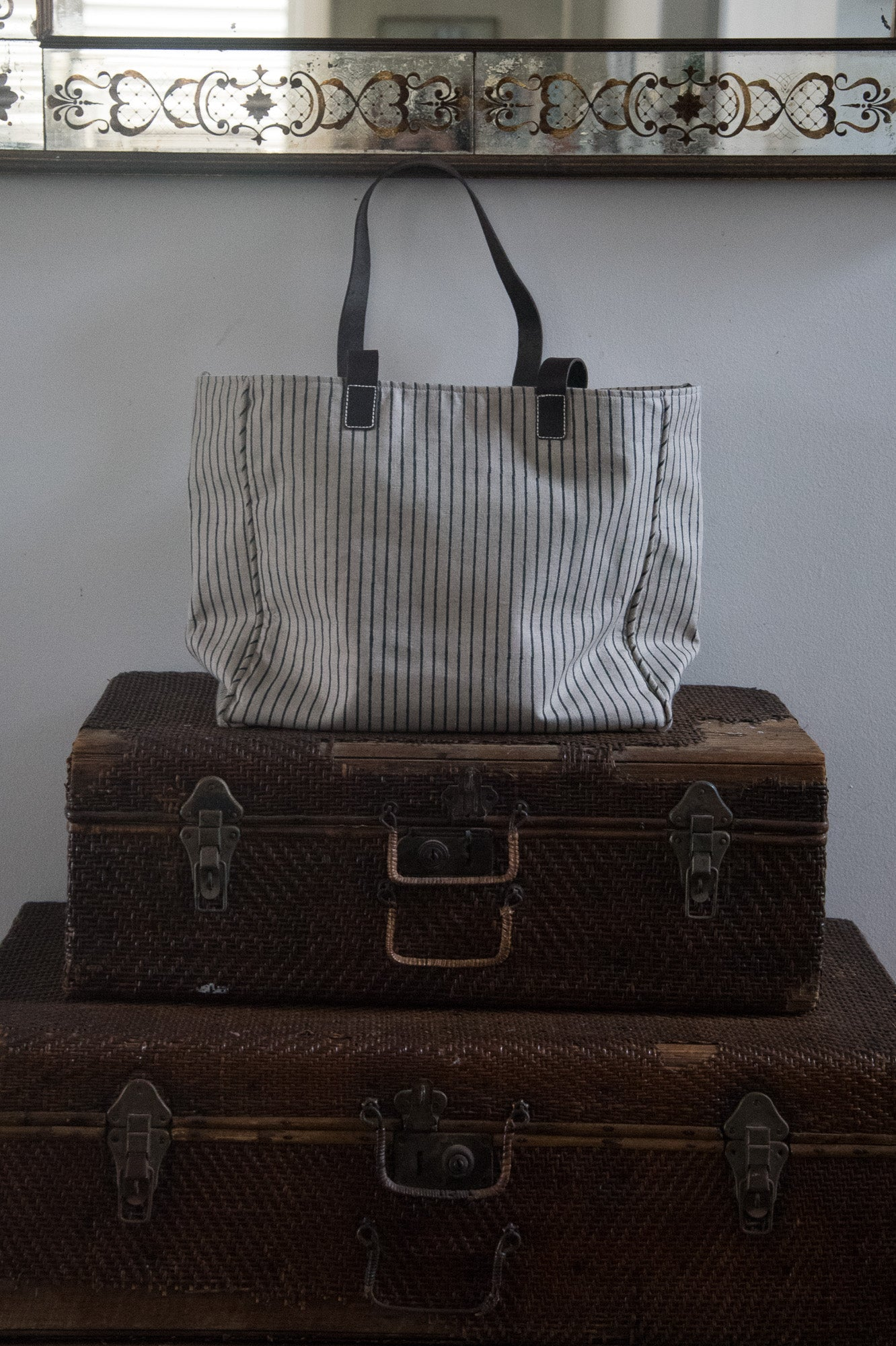 Linen Tote Striped Black