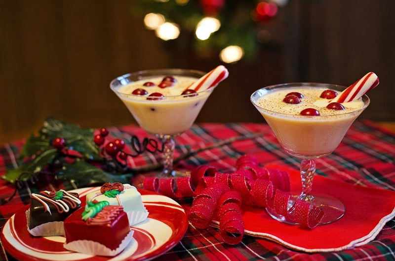 Our Fave Christmas Cocktails for Seasonal Party Style