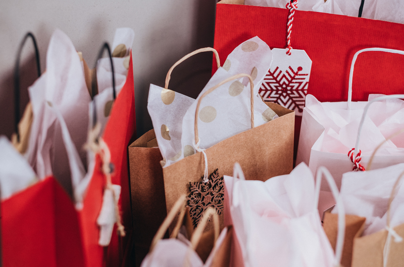 How to Budget Better When Gift Buying
