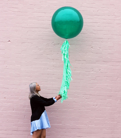 Green Jumbo Balloon + Fringe